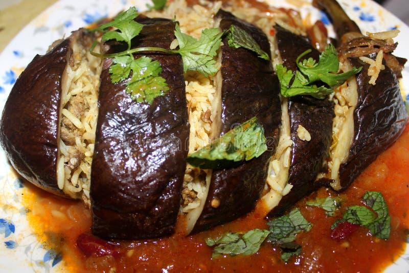 Download Rice w oberżynie zdjęcie stock. Obraz złożonej z jedzenie - 57662388