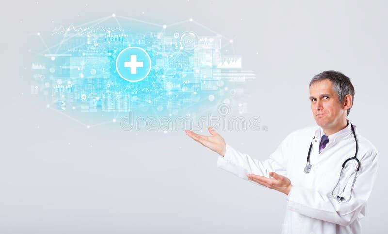 Ricercatore professionista con lo stetoscopio immagini stock libere da diritti