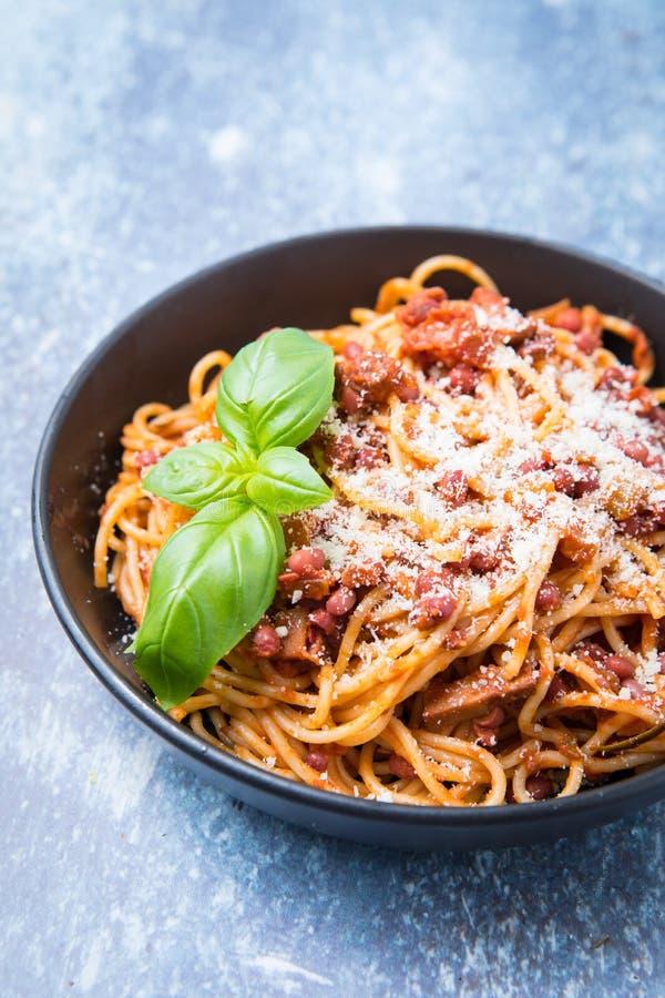 Ricetta Bolognese Vegetariana.Ricetta Bolognese Vegetariana Fotografia Stock Immagine Di Isolato Italiano 142890968