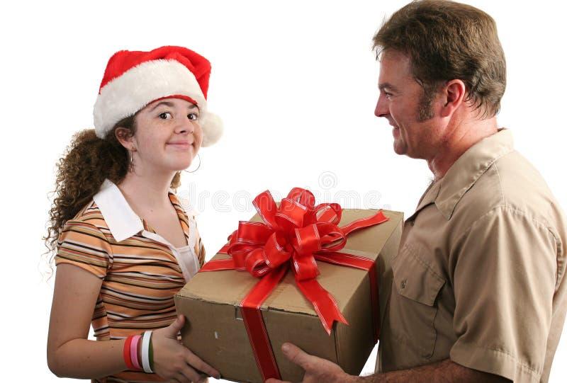 Download Ricezione Del Regalo Di Natale Immagine Stock - Immagine di uomo, accetti: 220391