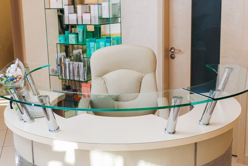 Ricezione di un salone della STAZIONE TERMALE di bellezza - zona dell'amministratore fotografie stock libere da diritti