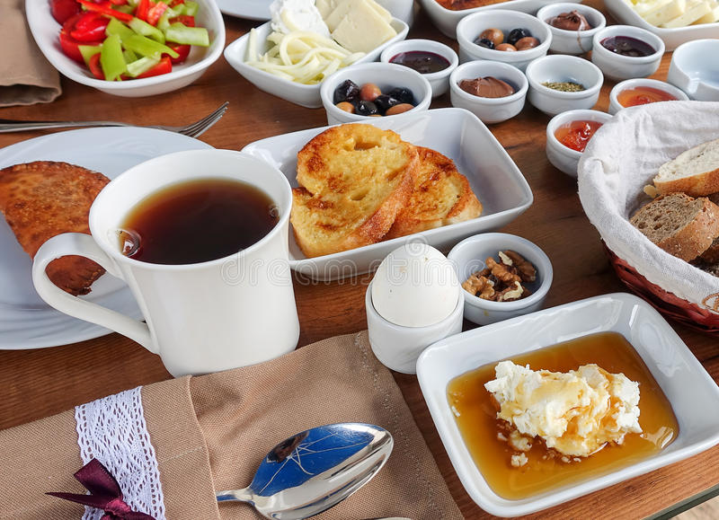 Rich Turkish Breakfast traditionnel image stock