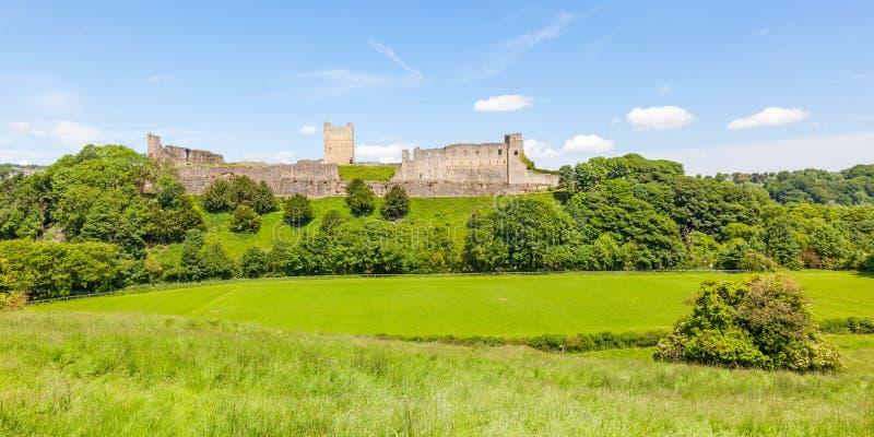 Richmond Castle dans Yorkshire, Angleterre photographie stock libre de droits