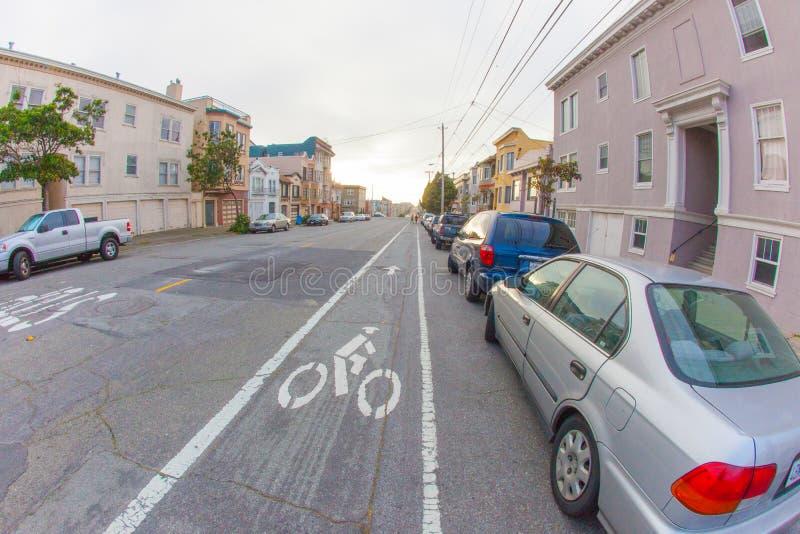 Richmond esterna a San Francisco con nei precedenti sotto immagine stock libera da diritti