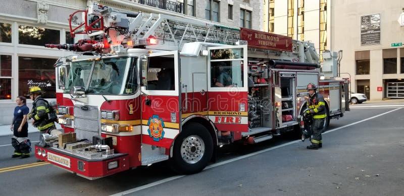 Richmond Virginia Fire Department en una llamada foto de archivo