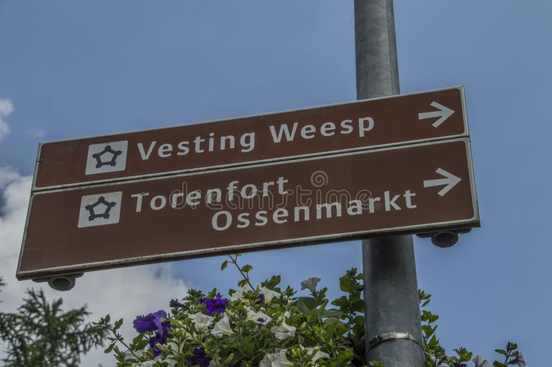 Richtungstafel bei Weesp die Niederlande lizenzfreie stockfotografie