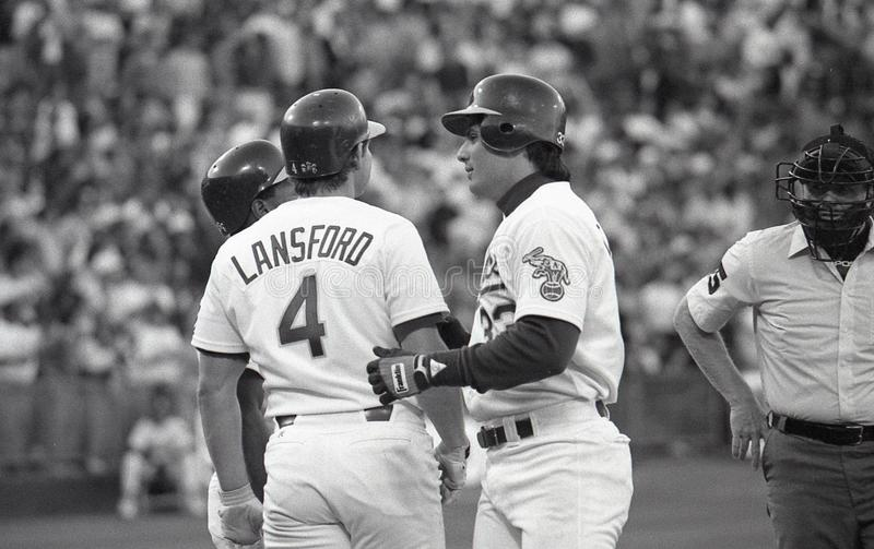 Rickey Henderson, Carney Lansford et Jose Canseco des Oakland Athletics photographie stock libre de droits