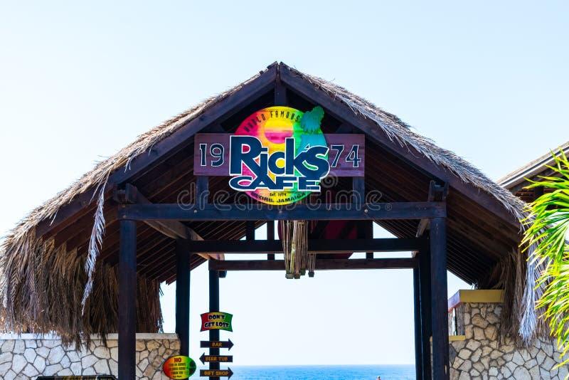 Ricks咖啡馆、一家著名娱乐酒吧和餐馆伦敦西区内格里尔峭壁的在威斯特摩兰,牙买加 免版税库存照片