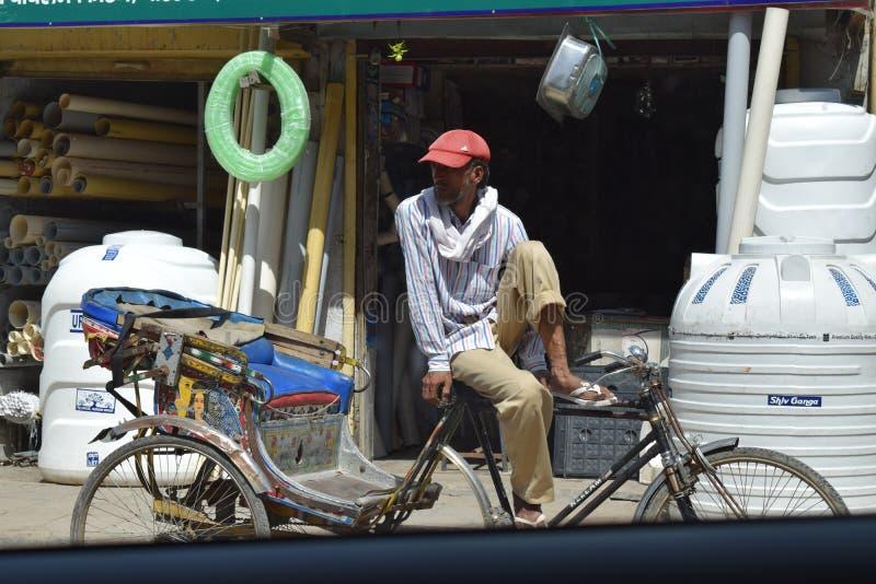 Rickshawchaufför royaltyfria bilder