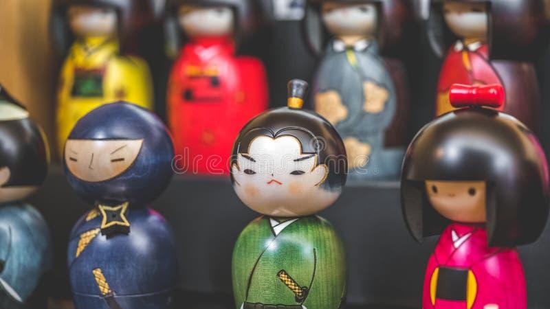 Ricordo giapponese d'annata delle bambole Handcrafted fotografie stock libere da diritti