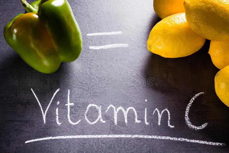 Ricos do alimento na vitamina c imagens de stock royalty free