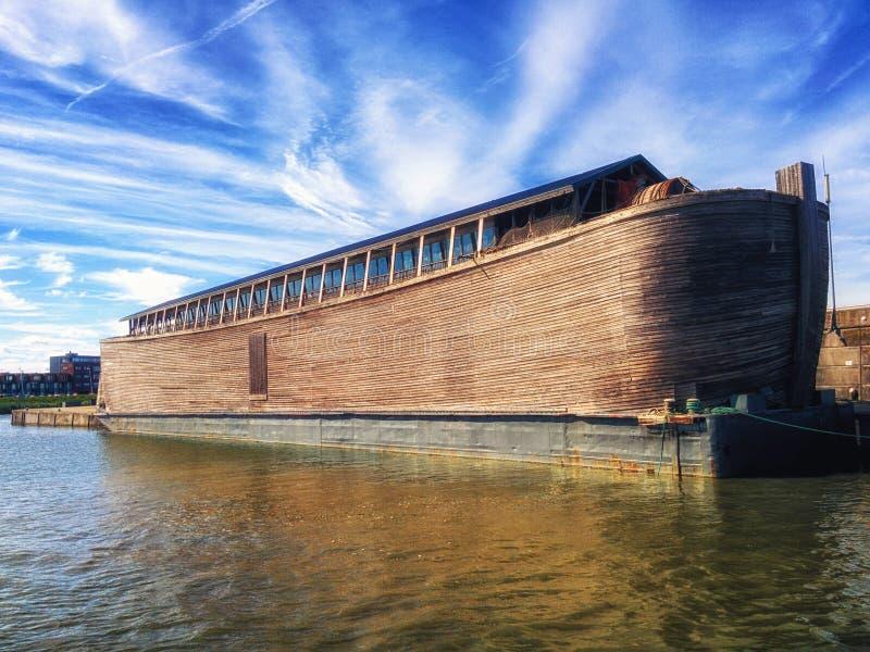 Ricostruzione dell'arca Lelystad di Noè s i Paesi Bassi immagine stock
