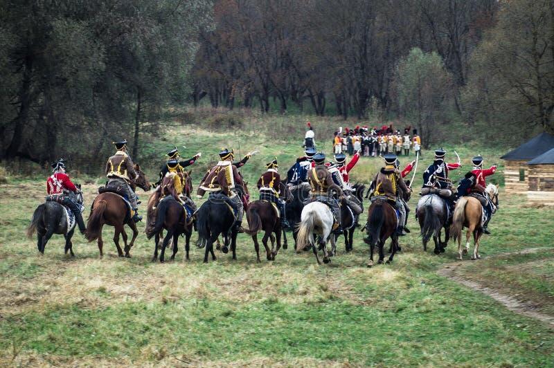Ricostruzione della battaglia delle truppe russe e napoleoniche vicino alla città russa Maloyaroslavets del 23 ottobre 2016 fotografie stock libere da diritti
