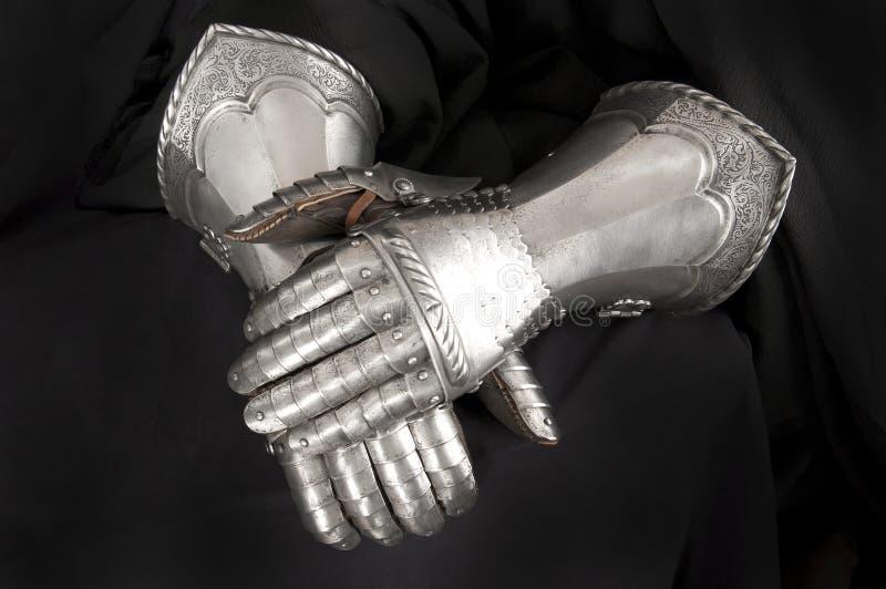Riddares metallhandske arkivfoton
