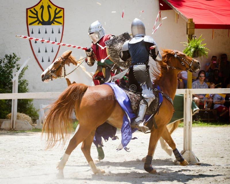 Ridders die bij het Festival van de Renaissance jousting royalty-vrije stock foto's