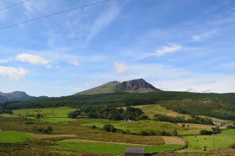 Ridge dans le paysage ouvert photos stock