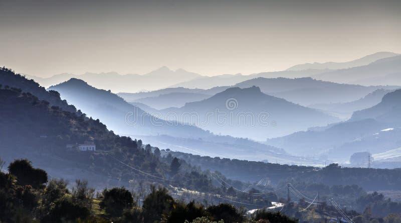 Ridge des montagnes images libres de droits