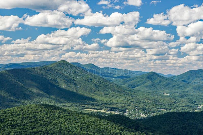 Ridge Mountains azul de Virgínia, EUA fotografia de stock