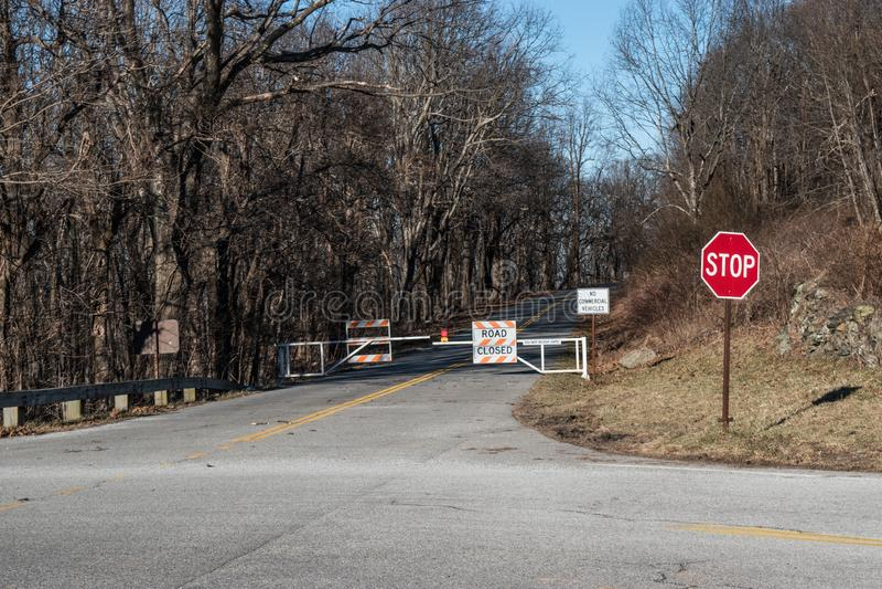 Ridge Parkway Closed azul para a parada programada imagem de stock