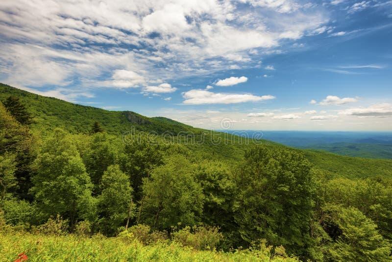 Ridge Parkway National Park azul imagens de stock