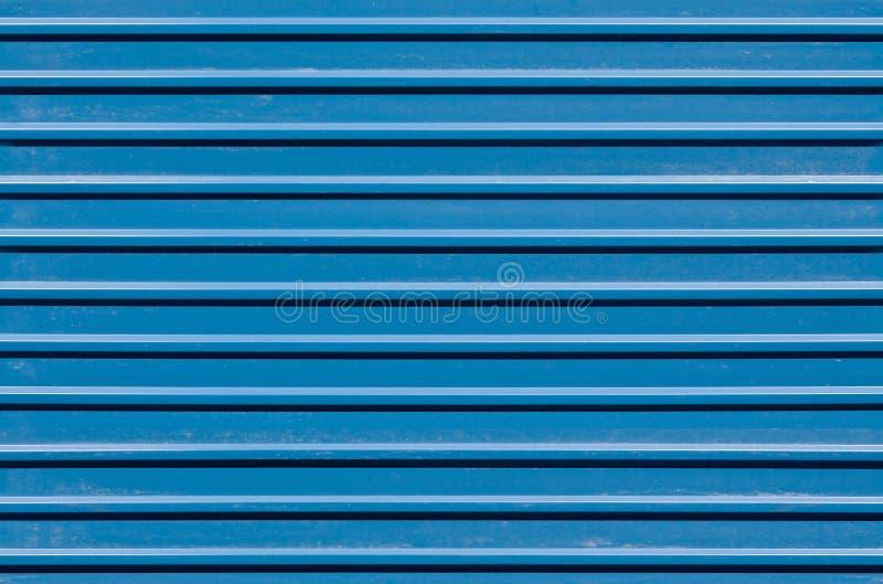 ridged vägg för blå metall arkivbild