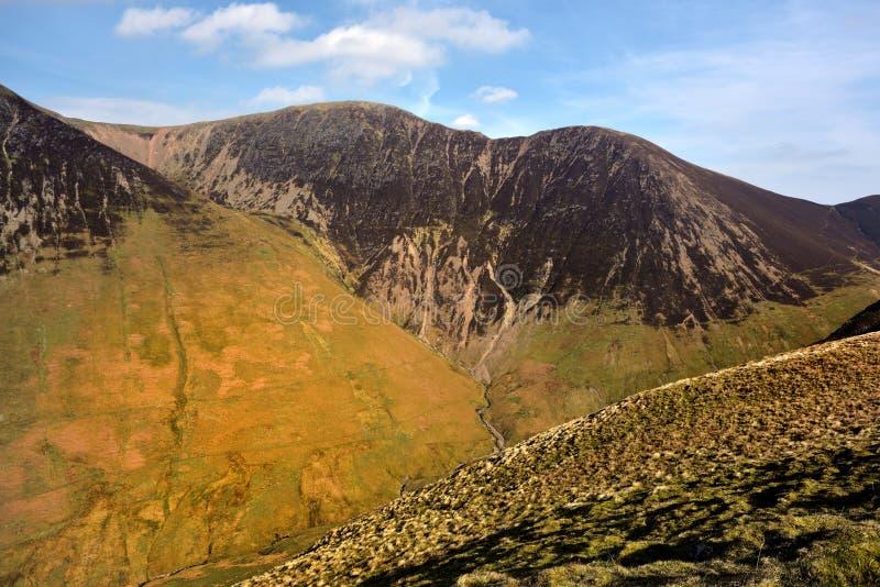 Ridgeline Crag żagiel i wzgórze fotografia stock