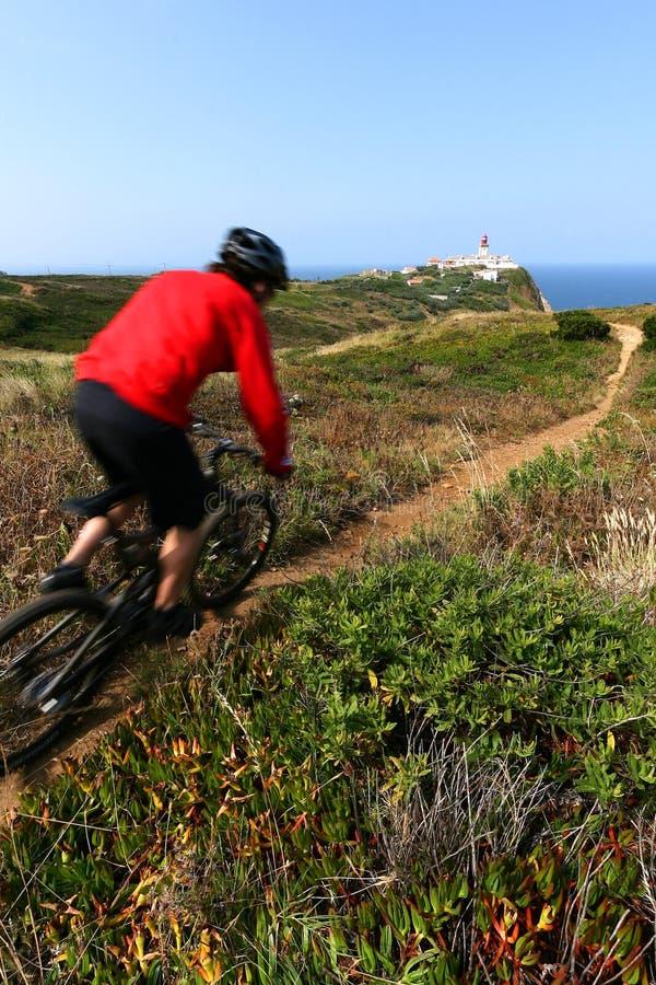 riding горы велосипедиста стоковое фото rf