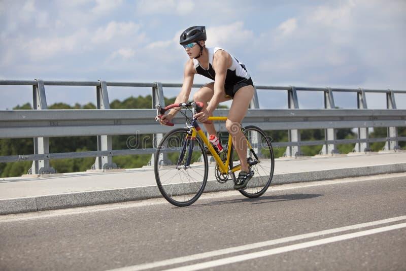 ridning för race för cykelcyklist professional arkivfoton