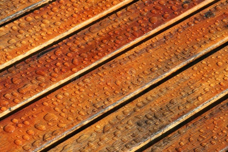 Download Riegue las gotas foto de archivo. Imagen de agua, lumber - 189120