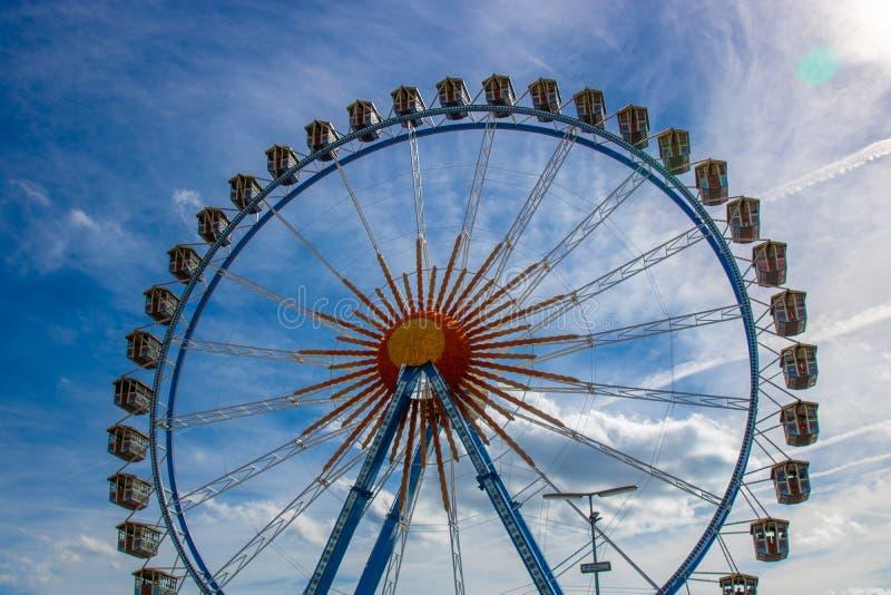 Riesenrad Riesenrad auf dem Oktoberfest in München/Deutschland wi stockfotografie