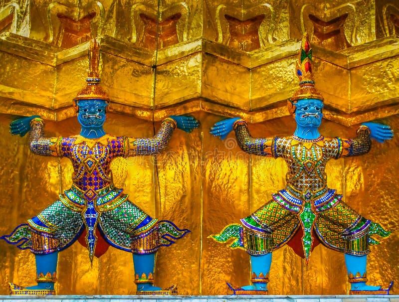 Riesige Krieger bei Wat Phra Kaew, großartiger Palast, Bangkok, Thailand stockbilder