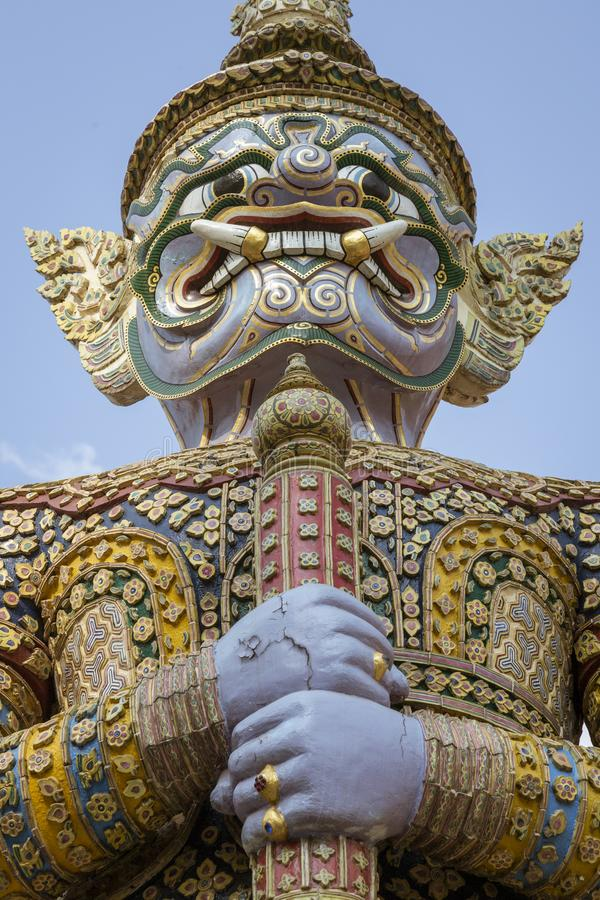 Riesige Yaksha-Dämon-Statue lizenzfreie stockfotografie