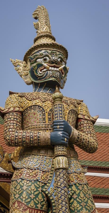 Riesige Yaksha-D?mon-Statue stockbild
