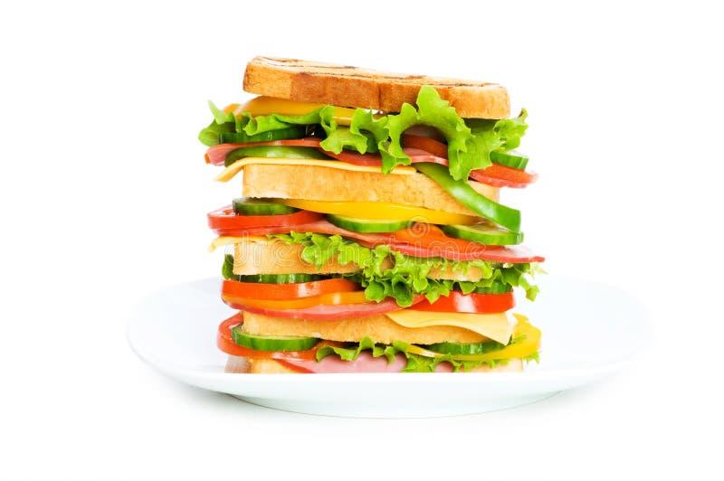 Riesiges Sandwich getrennt lizenzfreies stockfoto