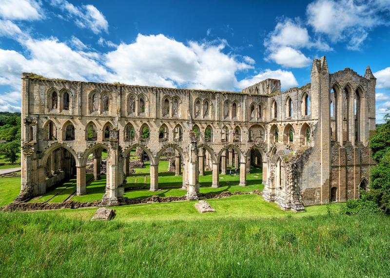 Rievaulx Abbey Presbytery em Yorkshire, Inglaterra imagem de stock