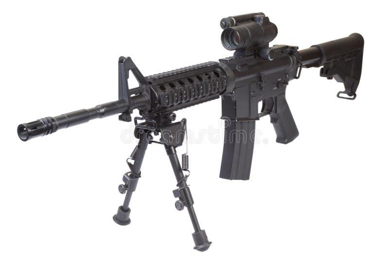 Rifle M4 de las fuerzas especiales con el bipod imagen de archivo