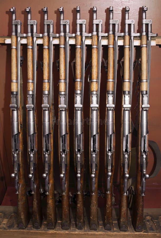 Rifles viejos del combate imágenes de archivo libres de regalías