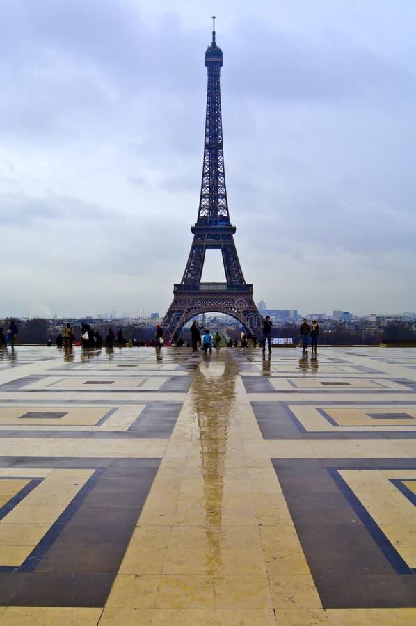 Riflessione della Torre Eiffel immagine stock libera da diritti