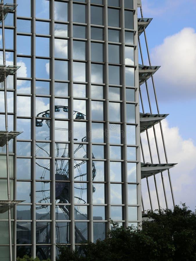 Riflessione di Hong Kong Observation Wheel fotografia stock libera da diritti