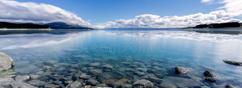 Riflessioni di Pukaki del lago immagine stock