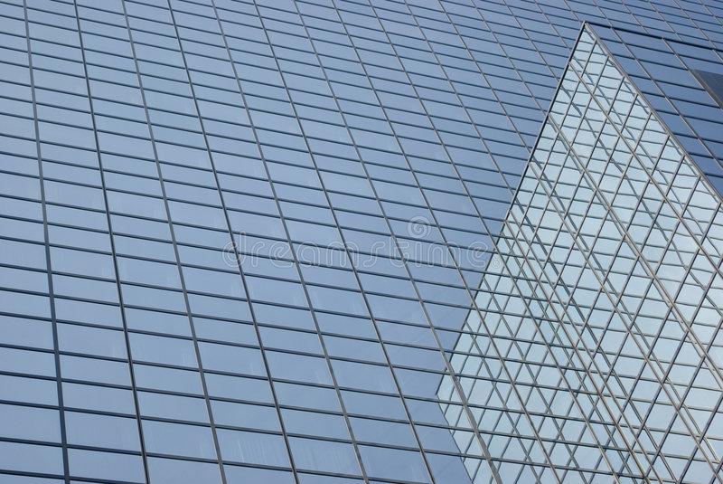 Riflessioni di vetro della costruzione fotografia stock libera da diritti