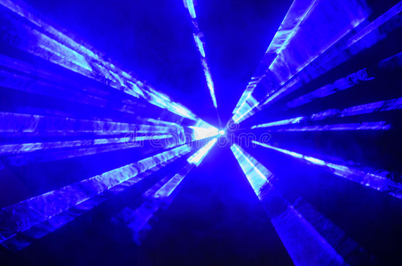 Riflettore o stroboscopio blu luminoso fotografia stock