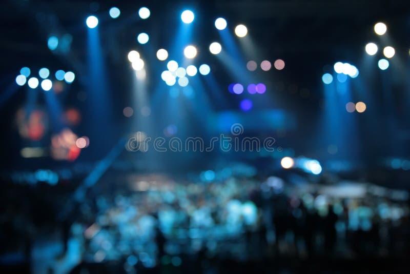 Riflettori astratti Defocused sul concerto fotografie stock libere da diritti