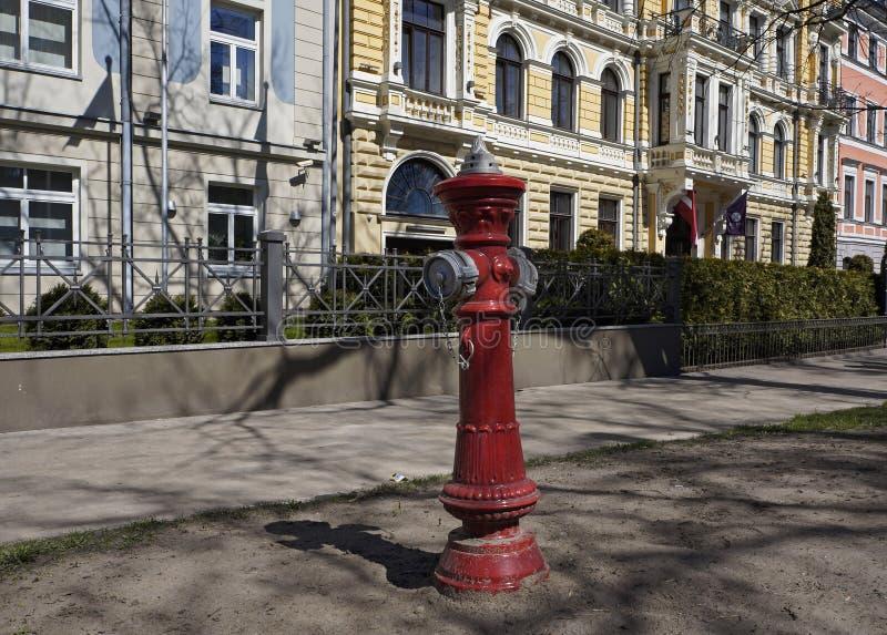 Riga, boca de incêndio de fogo, o começo da rua Elizabetes fotografia de stock royalty free