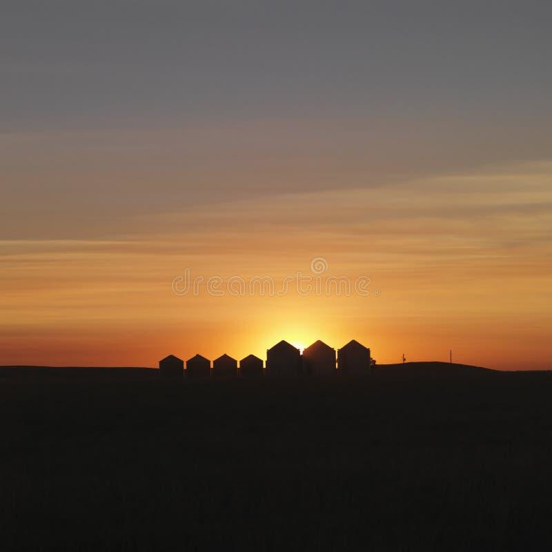 Riga delle Camere proiettate al tramonto immagine stock libera da diritti