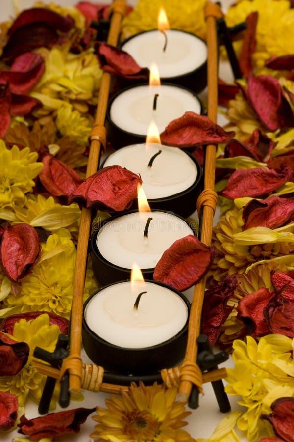 Riga delle candele fotografia stock