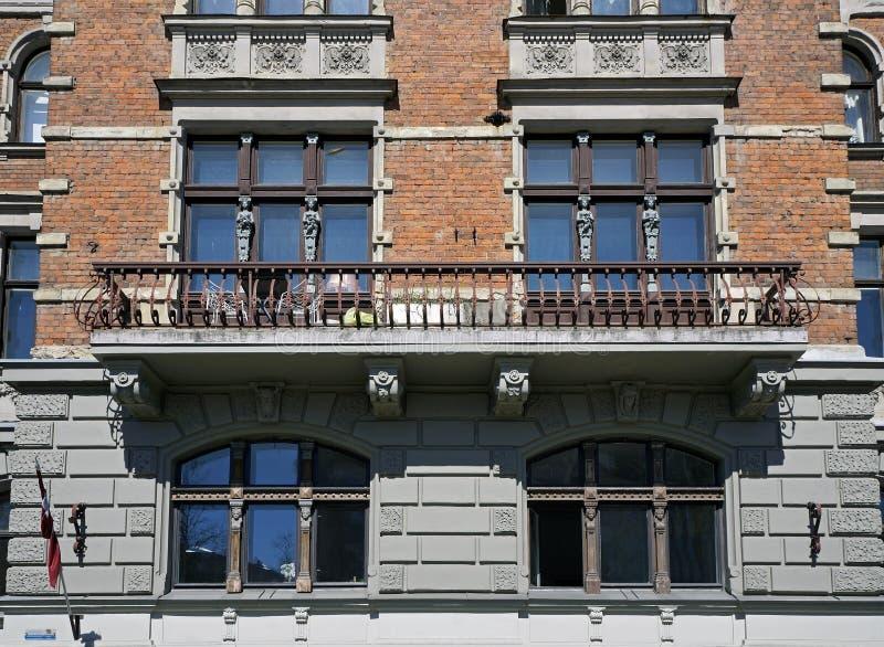 Riga, Elizabetes 7, elementi decorativi della facciata immagini stock