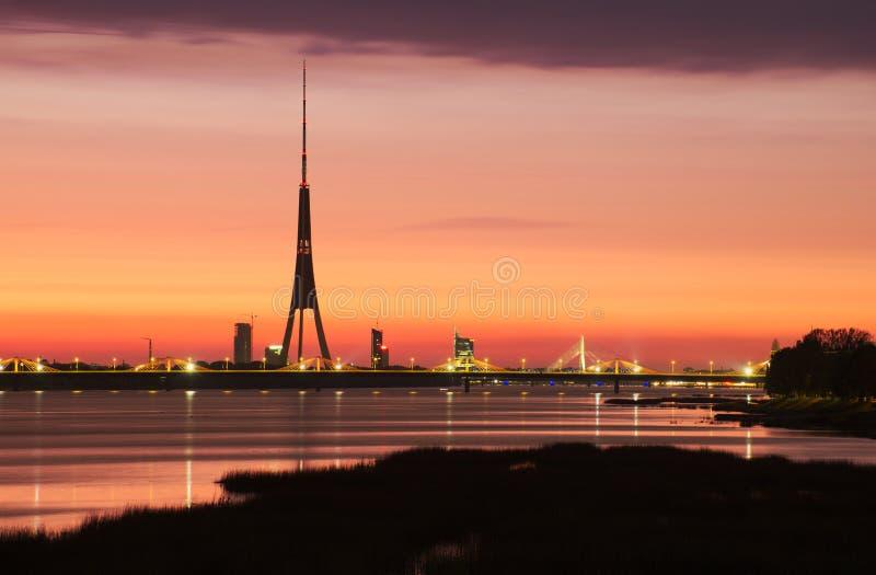 Riga Fernsehkontrollturm lizenzfreies stockbild