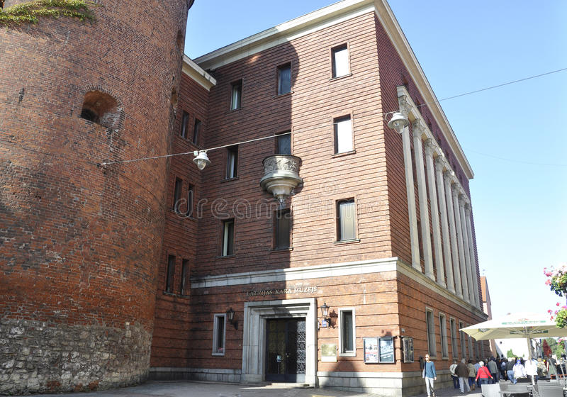 Riga le 22 août 2014 - saupoudrez la tour de Riga en Lettonie photos stock