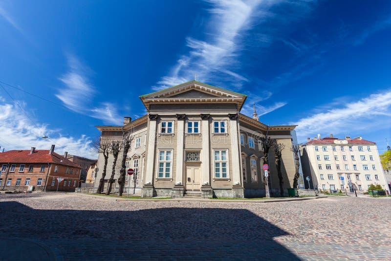 RIGA, LETTONIA - 6 MAGGIO 2017: Vista sul cuore di Riga di Jesus Evangelic Lutheran Church che è individuato nella città immagine stock